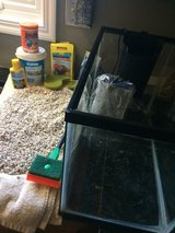 Aquarium w/ pump and accessories in Glendale Heights, Illinois
