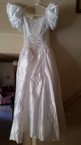 Beautiful Wedding Dress, Boxed Immaculate in Nellis AFB, Nevada