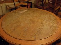 Kitchen/Diningroom Table and a Leaf in Chicago, Illinois