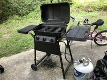 Expert Gas Grill 3 Burner in Fort Benning, Georgia