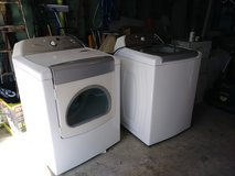 White Whirlpool Cabrio Washer & Dryer Set in Kingwood, Texas