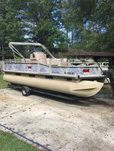 Camp pontoon Boat in Camp Lejeune, North Carolina