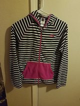 Girls Large North Face Fleece in Leesville, Louisiana