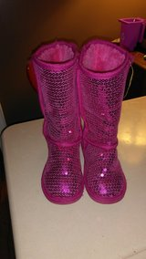 Girls size 13 boots in Fort Campbell, Kentucky