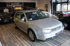 VOLKSWAGEN GOLF  / ONLY ONE OWNER / AIR CONDITIONING / 5 DOORS in Vicenza, Italy