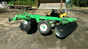 2422 John Deere disk New in Conroe, Texas