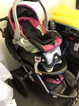 baby trend car seat/stroller combo in Fort Leonard Wood, Missouri