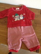 Baby cloths / Christmas Outfit/ x-Mas in Ramstein, Germany
