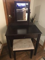 Beautiful Solid Wood Vanity in Fort Polk, Louisiana