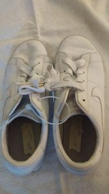 Boys gym shoes, size 2 in Glendale Heights, Illinois