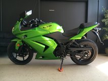 2012 KAWASAKI NINJA 250R 2-Cyl, Unleaded Gas, 250cc in Fort Campbell, Kentucky