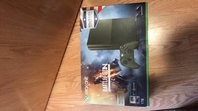 xbox one 1TB battlefield limited edition comes with 4 games. in Fort Leonard Wood, Missouri