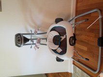 Graco 2 in 1 Swing and Bouncer in Fort Leonard Wood, Missouri
