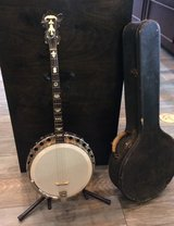Vintage Challenger arch-top Lange tenor banjo circa 1920 in Oceanside, California