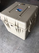 Pelican Waterproof Case 0370 (With Pluckable Foam) in Tacoma, Washington