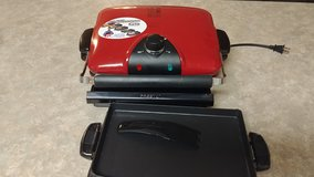 Foreman Grill with removable plates in Fort Bliss, Texas