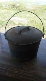 Cast Iron Pot with Lid in Fort Polk, Louisiana