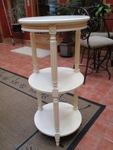 3 tier table in Fort Leavenworth, Kansas