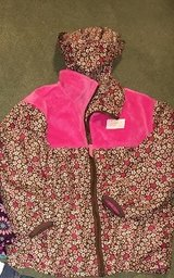 Girls sz 5 Jacket/Raincoats in Westmont, Illinois