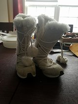Nike winter boots in Naperville, Illinois