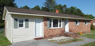For Rent: 1376 Lake Cole in Camp Lejeune, North Carolina