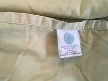 Martha Stewart collection 100% Queen size few times used.Lime green in Okinawa, Japan