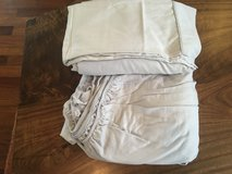 Queen size bed sheet set 100% cotton ( good condition) in Okinawa, Japan