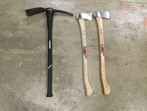 NEW Axes in Chicago, Illinois