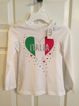 Girl's T-shirt Size 5-6 in Kingwood, Texas