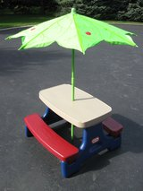 Little Tikes Picnic Table in New Lenox, Illinois
