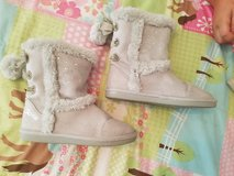 Justice size 3 girl boots in Fort Leonard Wood, Missouri