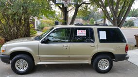 Ford Explorer 2001 4 Dr 2 wheel drive V6 AT in Travis AFB, California