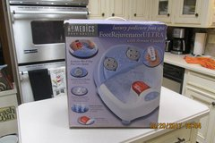 Homedics Foot Rejuvenator ULTRA - Pedicure Foot Spa w/Remote Control - Unused In Box in Kingwood, Texas