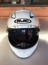 HJC Full-Face Motorcycle Helmet - Size L - Like New in Alamogordo, New Mexico