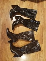 Women's fashion boots in Glendale Heights, Illinois