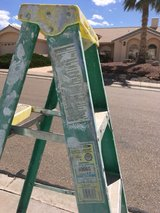 Warner 6 foot fiberglass ladder in Alamogordo, New Mexico