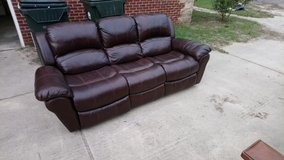 Leather Reclining Couch! in Warner Robins, Georgia