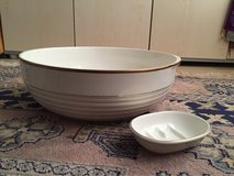 Antique Villeroy and Boch wash bowl and soap dish in Heidelberg, GE