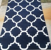 Bn navy blue and white 5x8 rug in Fort Hood, Texas