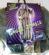 Zombies Costume with Accessory Pack in Alamogordo, New Mexico