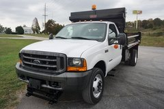 2000 Ford F550 Dump Bed Snowplow in Fort Hood, Texas