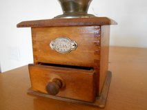 Leinbrock's Ideal Coffee Grinder – Vintage early 1990's in Camp Lejeune, North Carolina