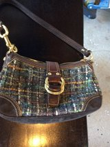 Small coach bag, good condition in Orland Park, Illinois