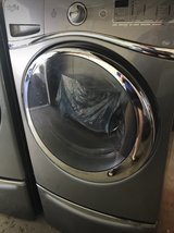 Whirlpool Duet Washer/Dryer in Glendale Heights, Illinois