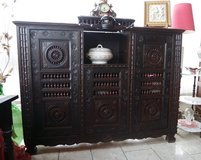 rare Breton dining room hutch in great shape in Stuttgart, GE