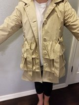 Girl's size 10/12 raincoat in Fort Leonard Wood, Missouri
