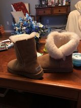Ugg Australia Boots in Fort Knox, Kentucky