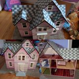 Dollhouse in Glendale Heights, Illinois
