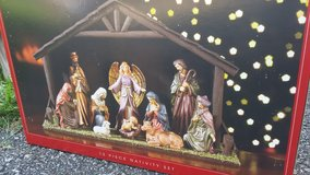 Nativity Set with Stable and Ceramic Figures in Fort Leonard Wood, Missouri