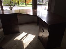 pottery barn desk in Glendale Heights, Illinois